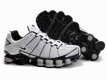best website 39b57 bbb57 Chaussures Nike Shox TL3 Blanc  Girs  Noir